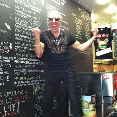 Dee Snider is Grill Em All royalty... and a tasty burg.